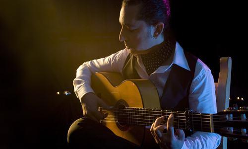 Jose Leon Guitarist - Fantasia Music